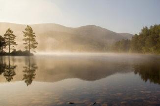 loch en eilein september morning mist